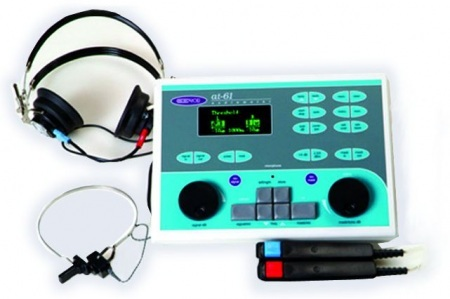 Klinikai Audiométer AT 61